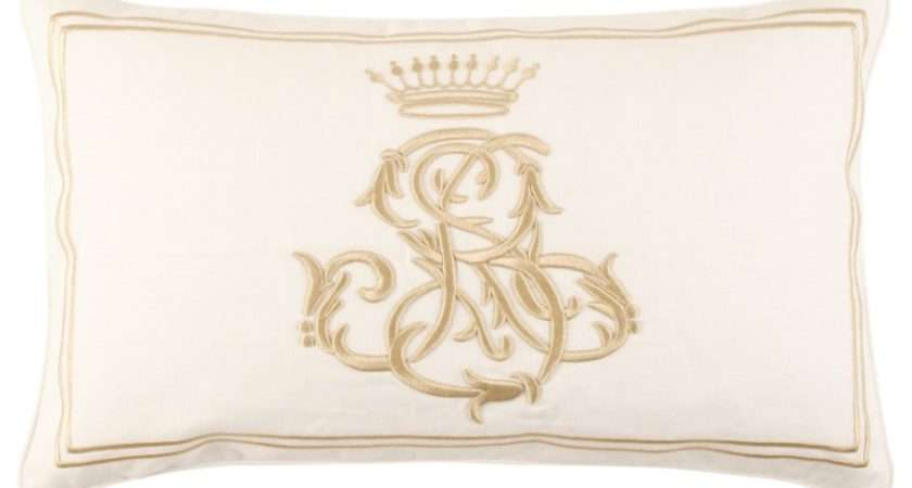 Also Feel Bit Regal These Zara Home Crown Cushions Very Smart