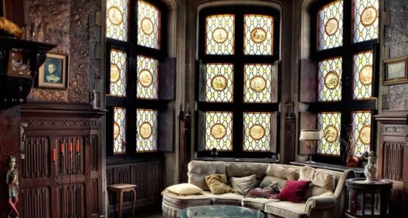 Amazing Victorian Gothic Living Room Interior Style Inspirations