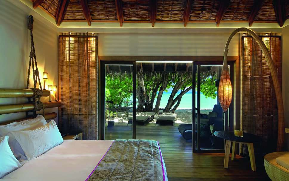 Bedroom Bed Pillows Table Sea Tree Beach