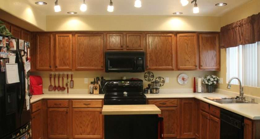 Choose Right Ceiling Lighting Your Kitchen