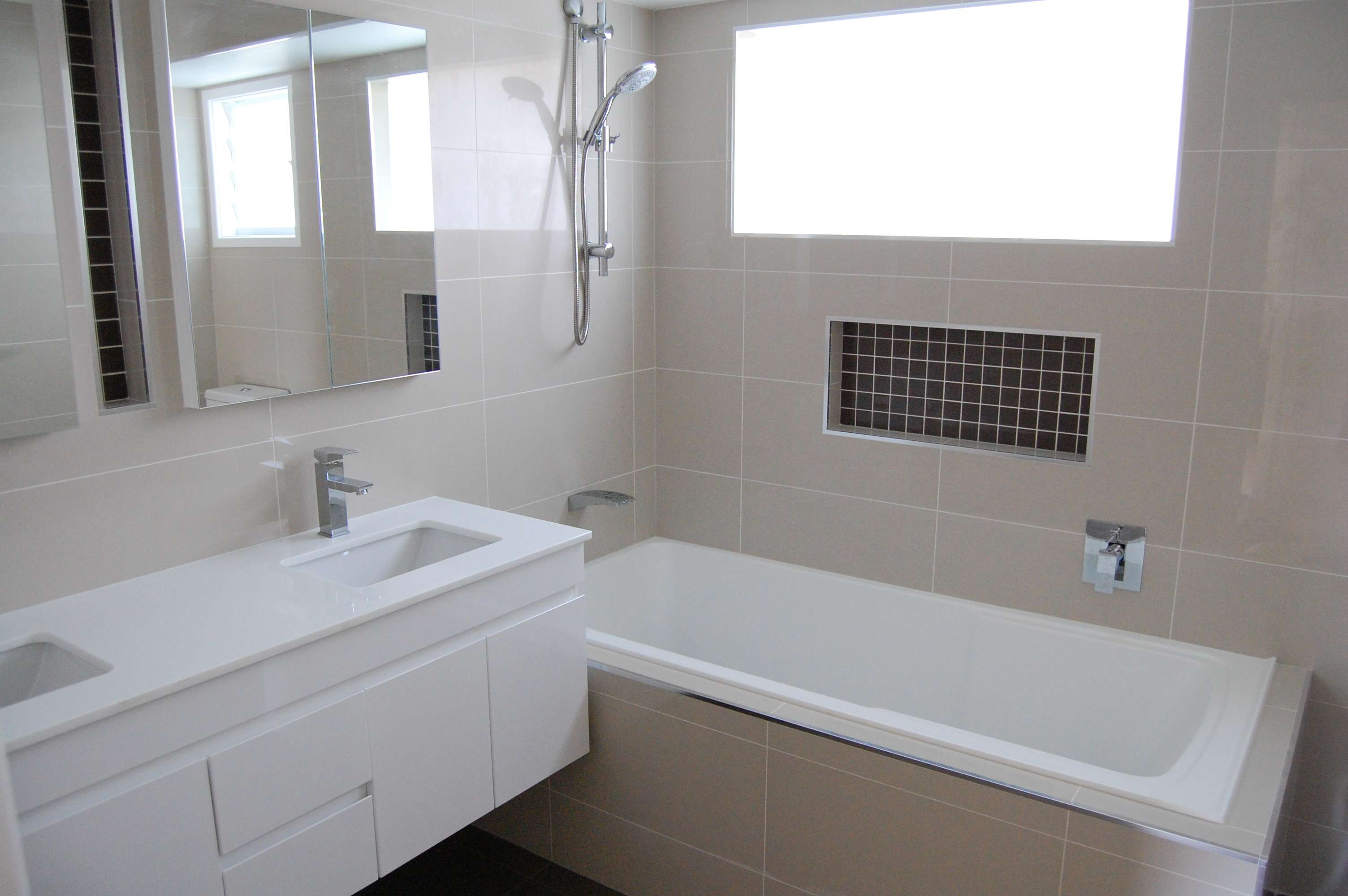 Choosing Wall Tiles Your Bathroom Custom Bathrooms Central