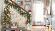 Christmas Decorating Staircases