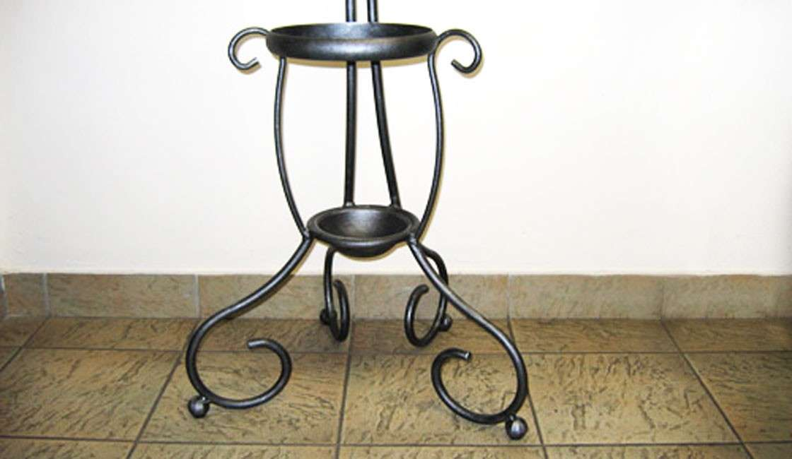 Classico Coat Stand Stands
