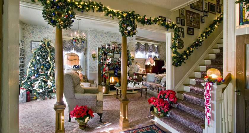 Colorado Springs Holiday Bed Breakfast Tour Brings History