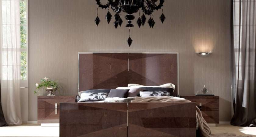 Contemporary Bedroom Set Banner
