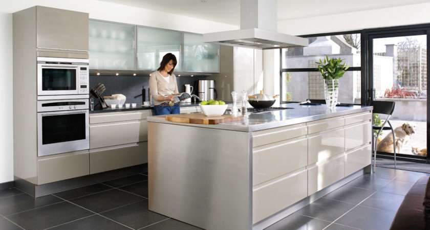 Contemporary Kitchens Refined Visual Appeal