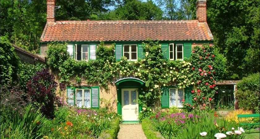 Country Cottage Charm