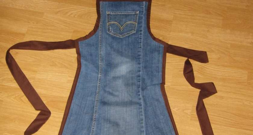 Crazy Crafty Cousins Your Old Jeans Aprons