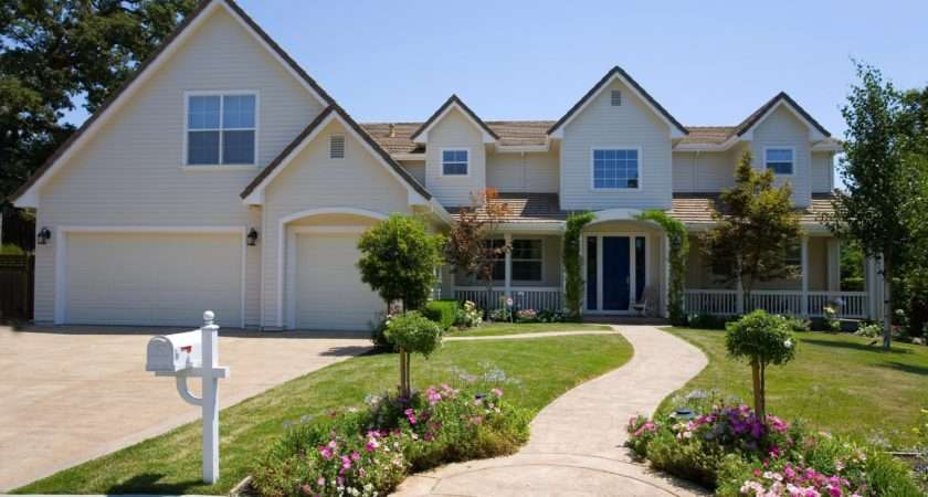 Create Curb Appeal Eye Catching Home Design