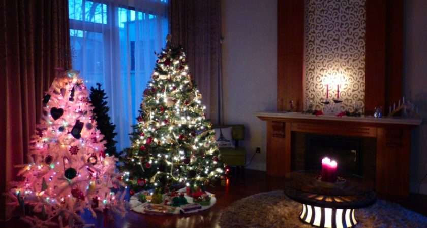 Creating Christmas Tree Forest Theme Living Room