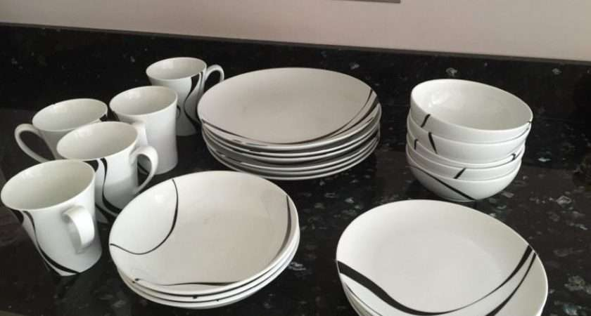 Debenhams Jazz Tableware Set Mugs Side Plates Dinner