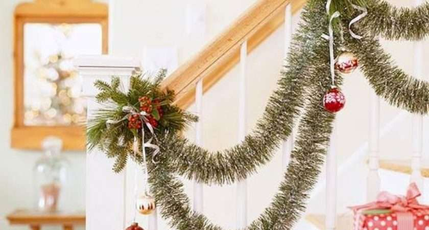 Decorate Stairs Christmas Beautiful Ideas