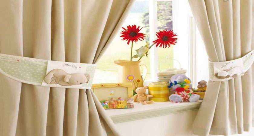 Decorate Window Curtains