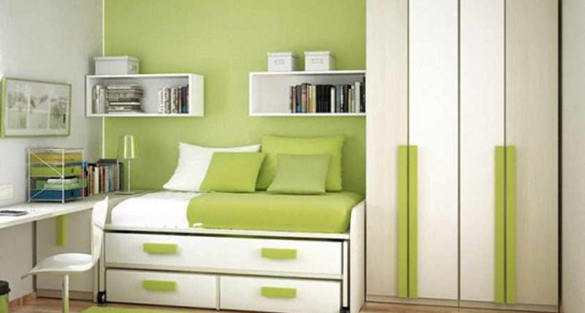 Decorating Small Bedrooms Light Green Wall