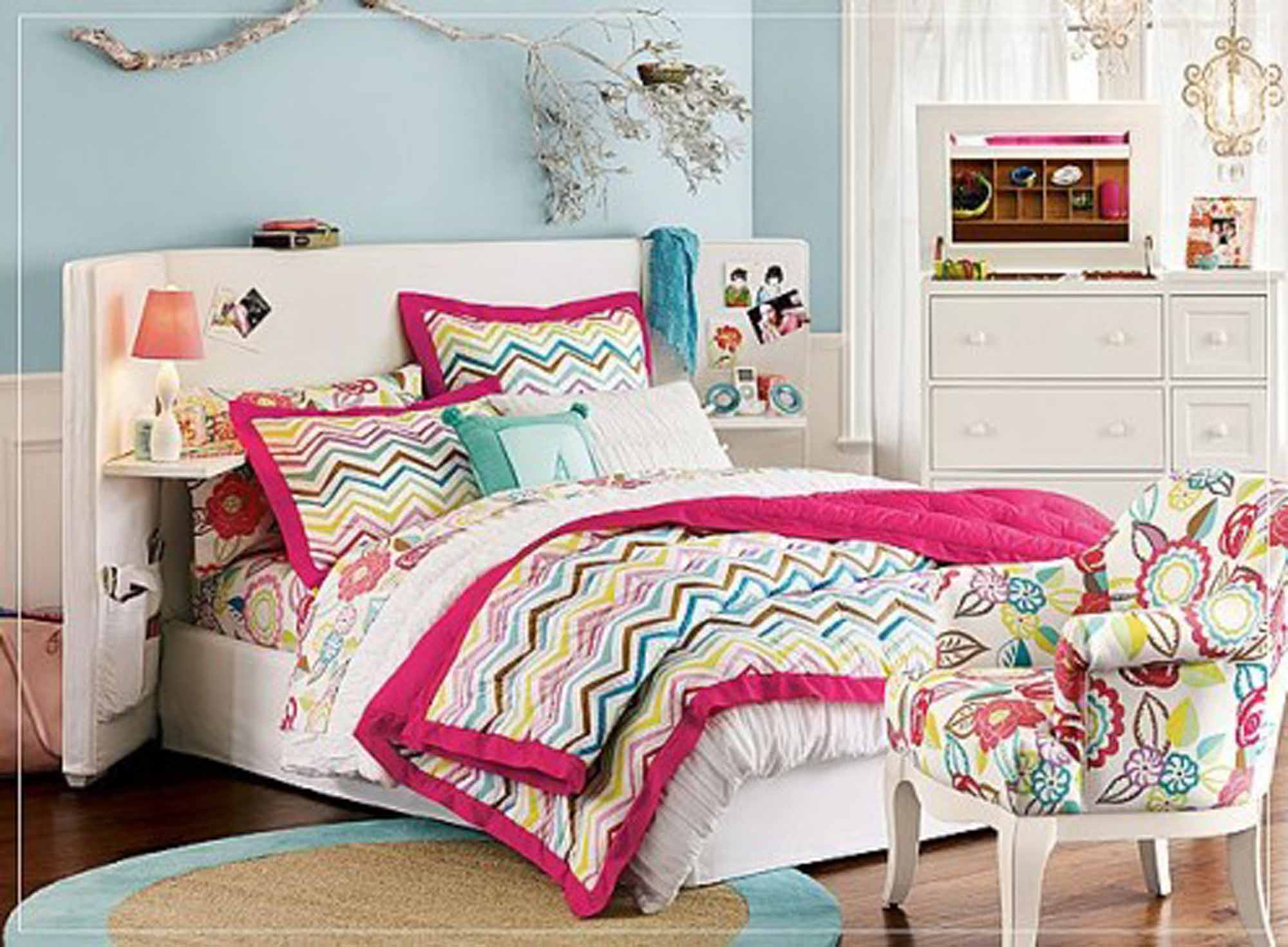 Decoration Ofcute Simple Bedroom Large Bed