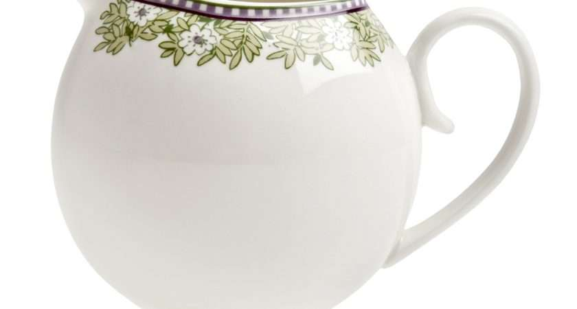Denby Monsoon Daisy Green Creamer Made England