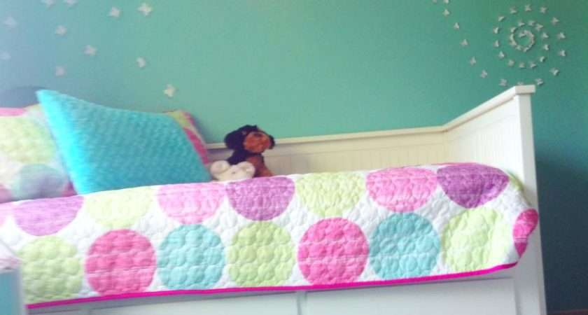 Designs Jeannine Girls Turqoise White Butterfly Room