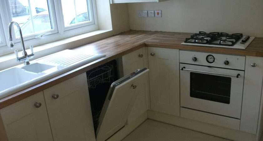 Eco Fit Feedback Kitchen Fitter Electrician Bathroom
