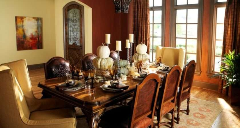 English Country Style Home Traditional Dining Room
