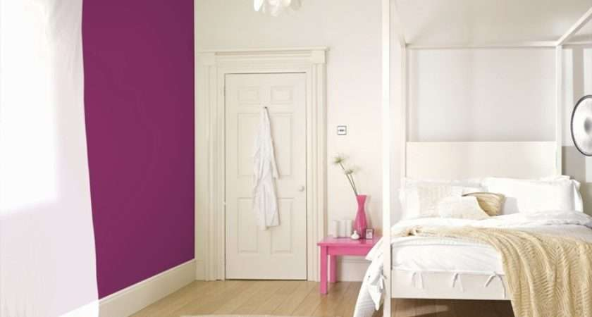 Features Crown Paints Feature Wall Range Scrumptious