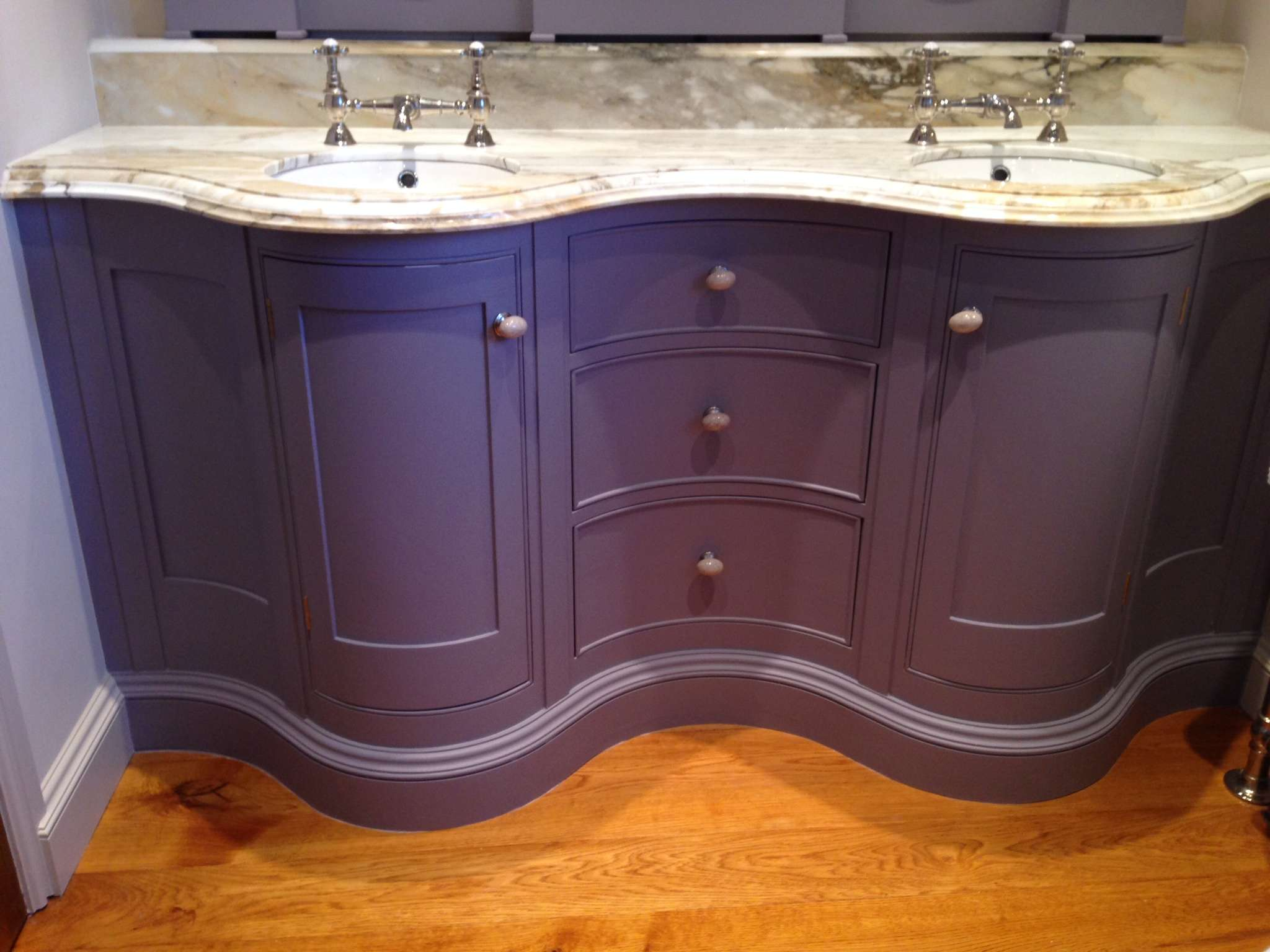 Fitted Bathrooms Dovetailors
