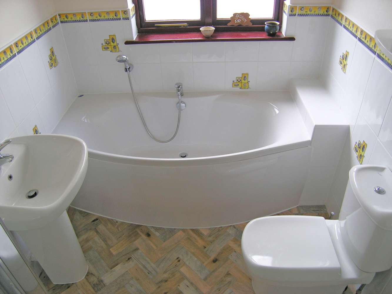 Flush Bathrooms Experts Toilets Baths Bathroom Suites