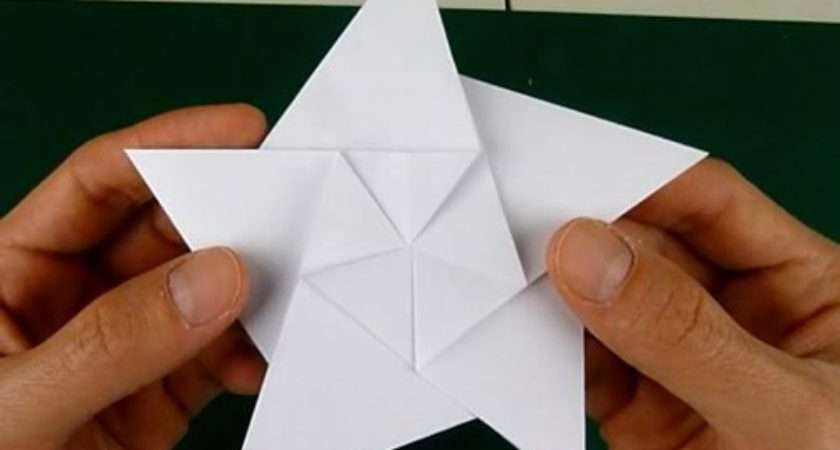 Folding Pointed Origami Star Christmas Ornaments