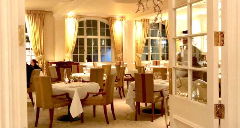 Goring Dining Room Experience Star