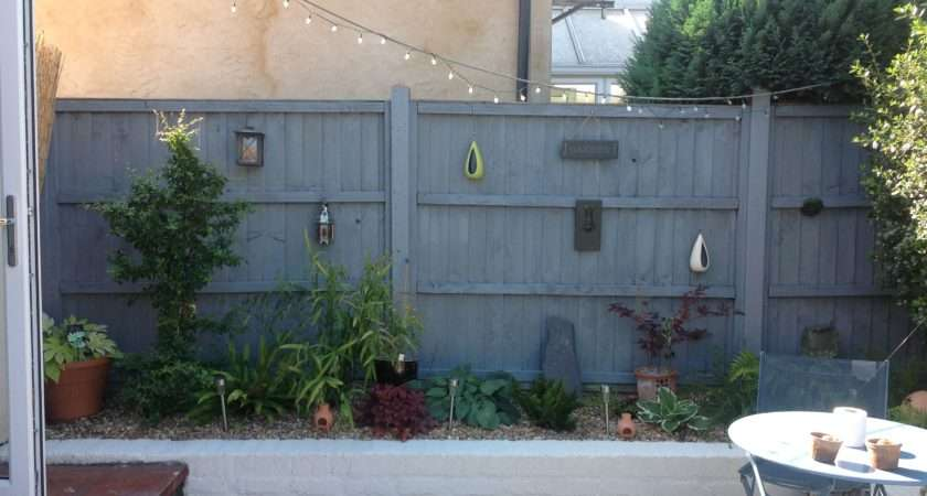 Grey Fence White Painted Wall Garden Yard Pinterest