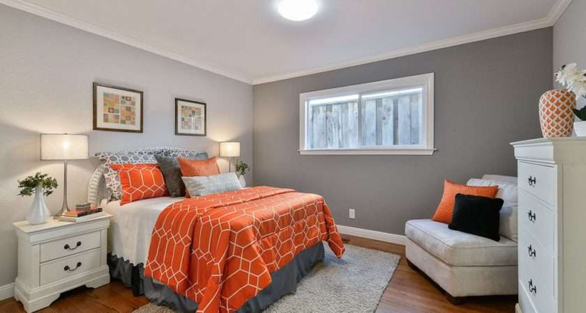 Guest Bedroom High Ceiling Cindy Zillow Digs