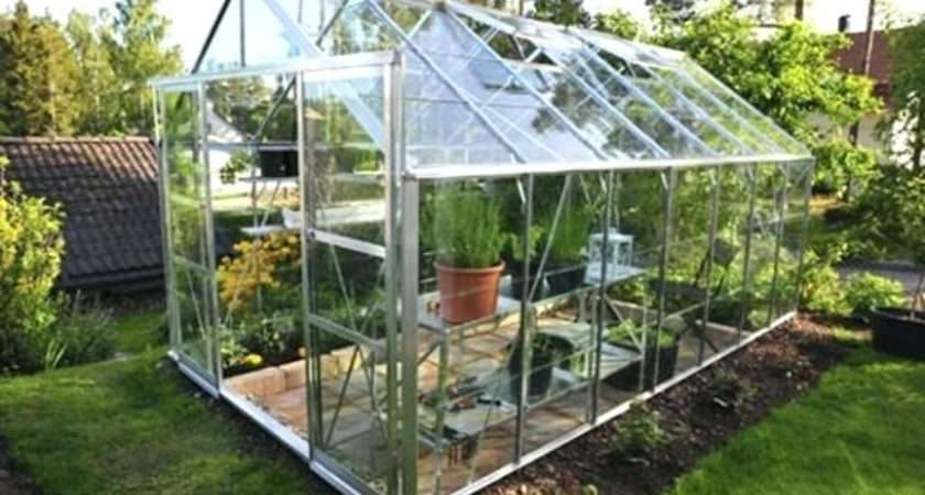 Heat Greenhouse During Winter