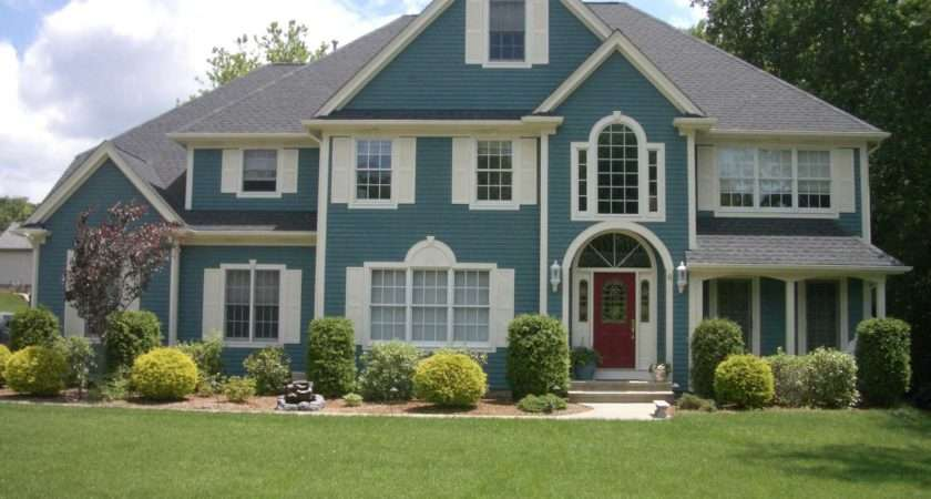 Home Walkin Mid Century Modern Homes Exterior Paint Color