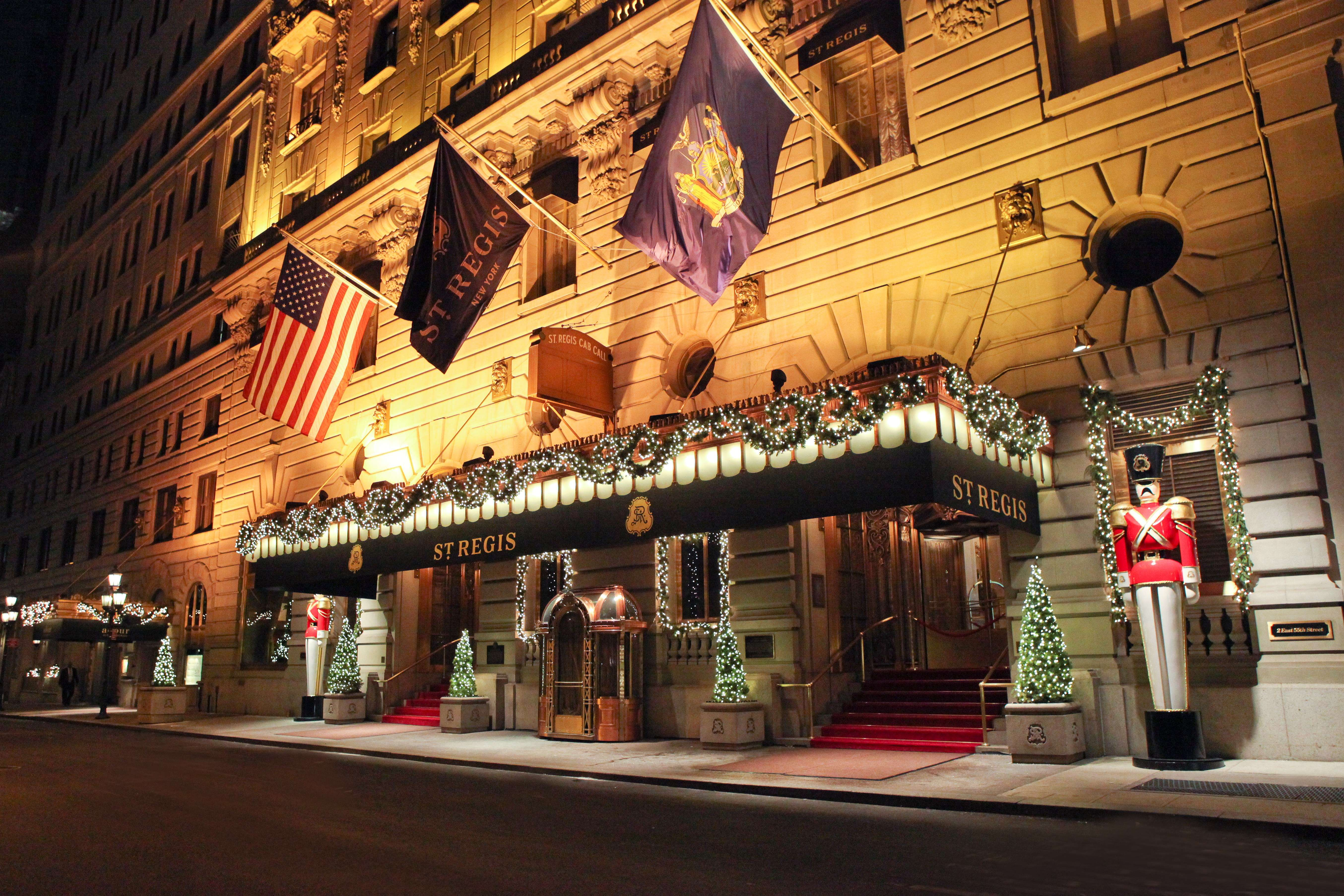 Hotels Best Christmas Decorations Holiday Displays Photos