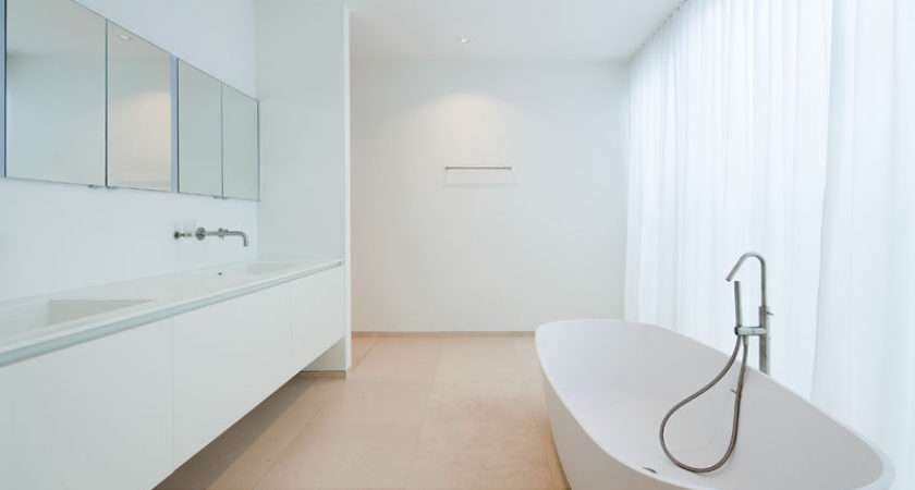 Ideas Creating Minimalist Bathroom Clutter