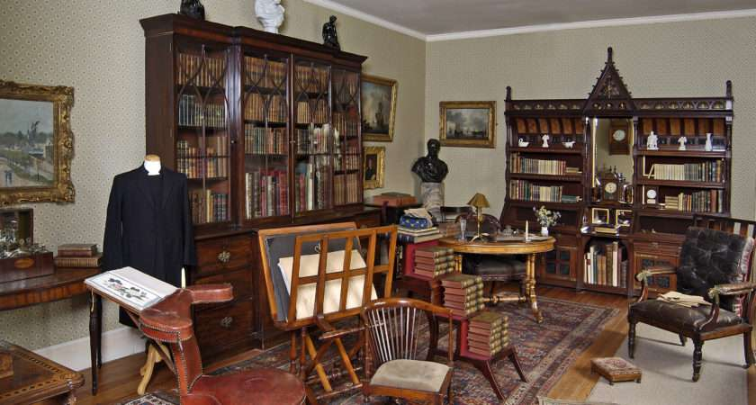 Inside Victorian House