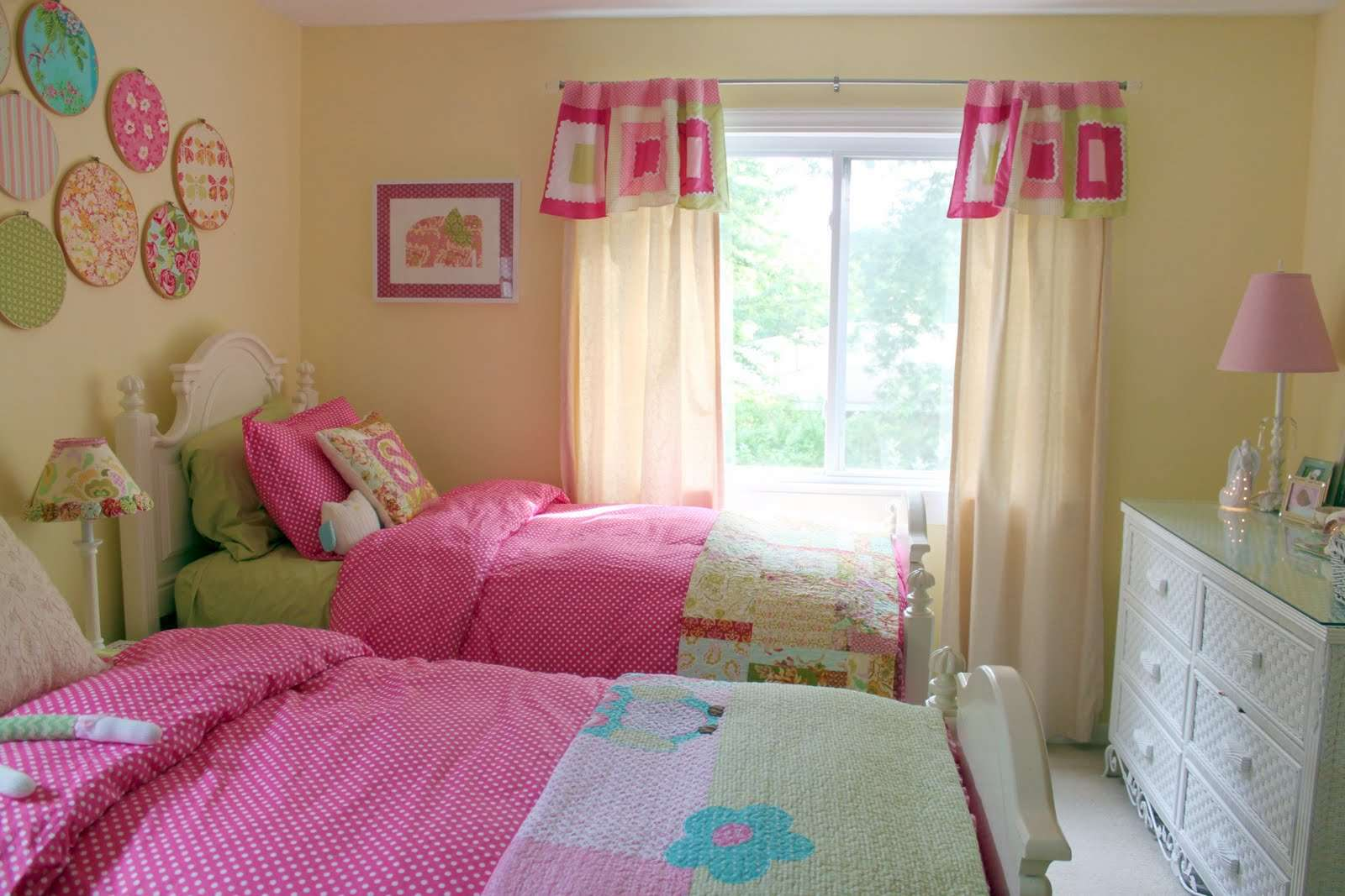 Interior Design Decorating Girls Shared Toddler Bedroom