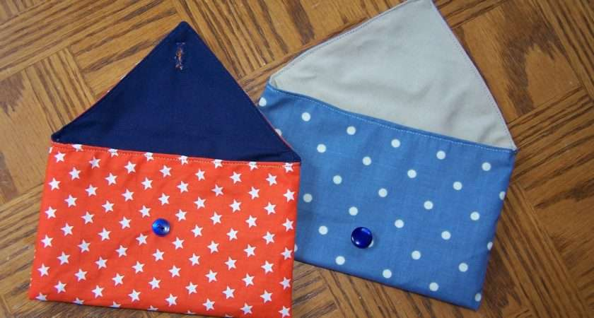 Lilly Belle Makes Internet Fabric Envelope Pouches