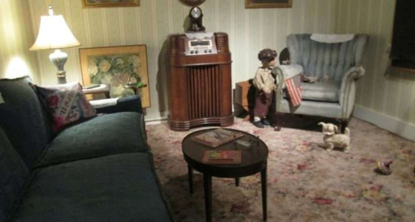 Living Room Wright Museum Wwii History