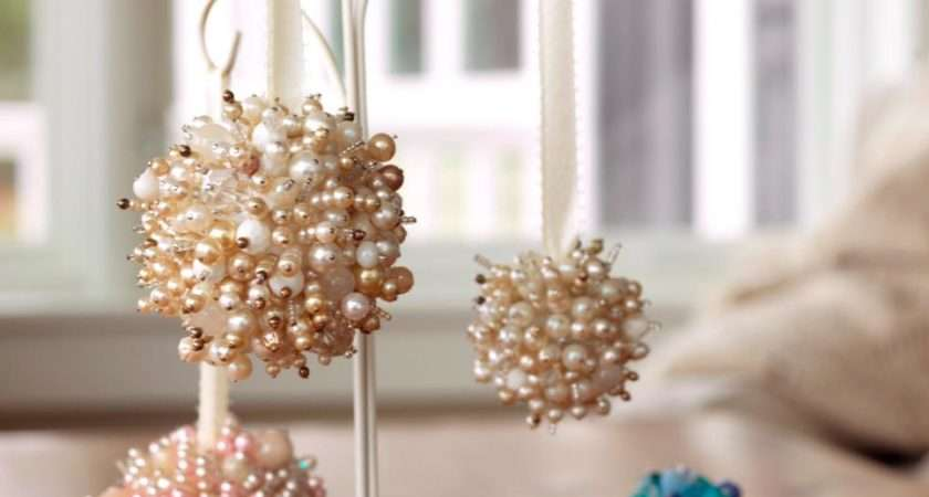 Make Christmas Ornaments Old Necklaces Diy
