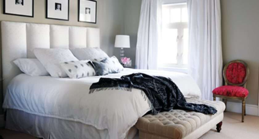Master Bedroom Decorating Ideas Which Can Provide Comfortable Sense