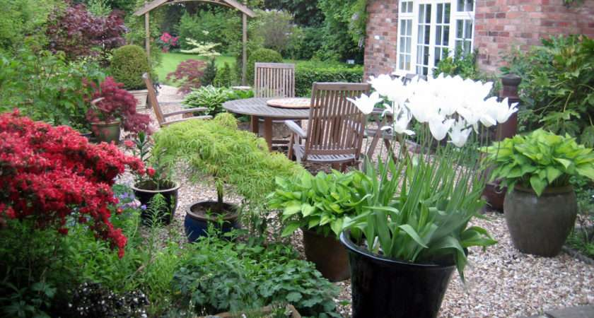 Mature Courtyard Garden Designed Planted Traditional Style