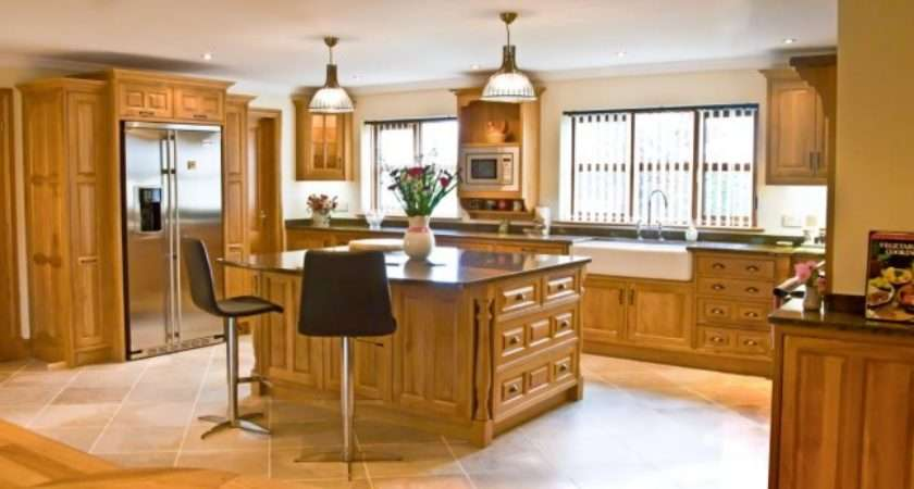 Oak Kitchen Newquay Mark Stone Welsh Kitchens
