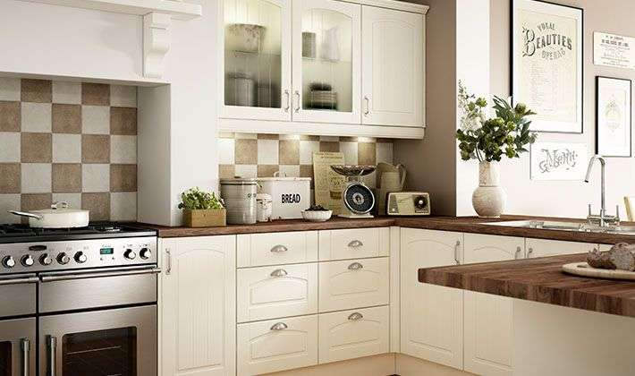 Oban Traditional Range Kitchen Wickes