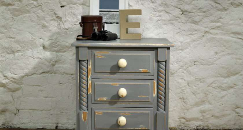 Paint Shabby Chic Furniture