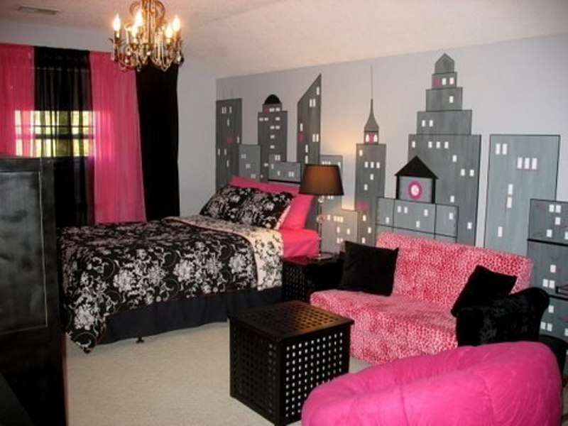 Paris Theme Girls Bedroom