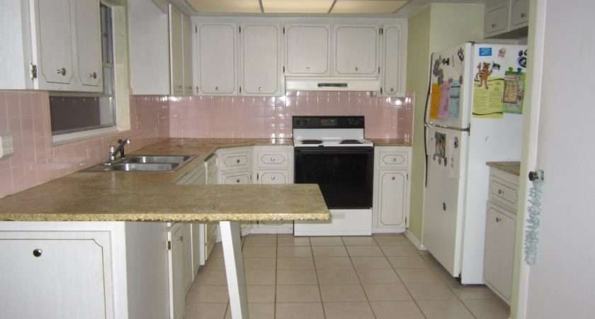 Pink Tile Horrible Counter Yes Post Not Supposed