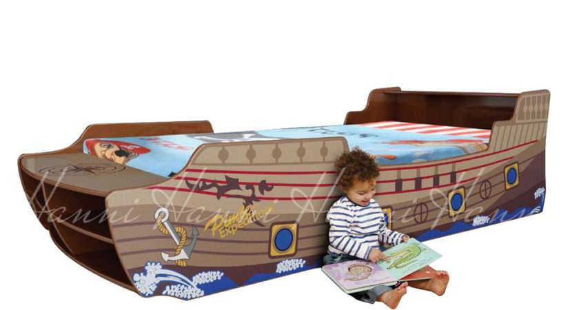 Pirate Ship Novelty Bed