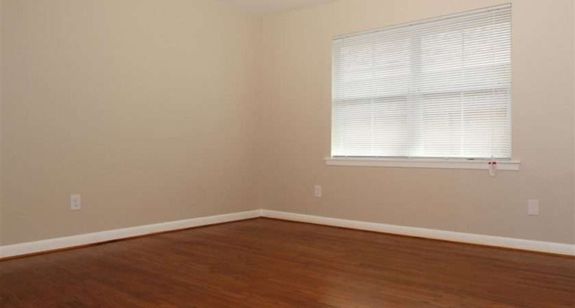 Problem Painting Bolder Wall Neutral Off White Color