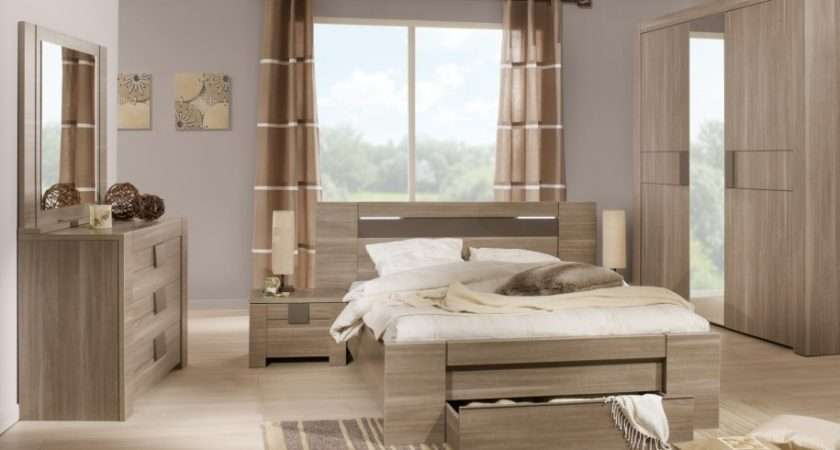 Related Mirrored Bedroom Furniture Decorating Ideas