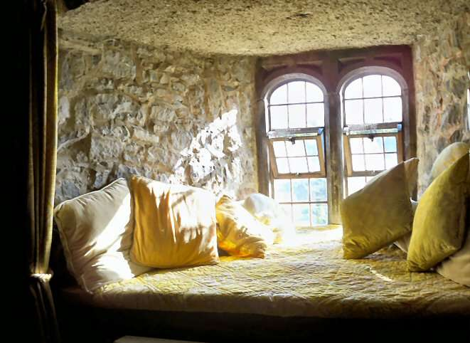 Ribbonsmyth Ireland Window Seat Our Castle Bedroom